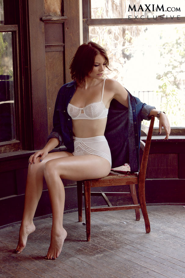 Lauren Cohan-Maxim-photoshoot-5