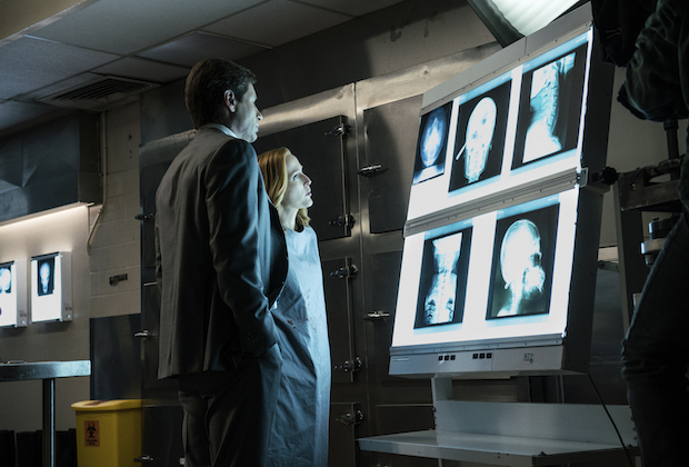 """THE X-FILES: L-R: David Duchovny and Gillian Anderson in the """"Founder's Mutation season premiere, part two, episode of THE X-FILES airing Monday, Jan. 25 (8:00-9:00 PM ET/PT) on FOX. ©2016 Fox Broadcasting Co. Cr: Ed Araquel/FOX"""