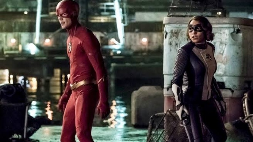 """CW's """"The Flash"""" Brings More Future News"""